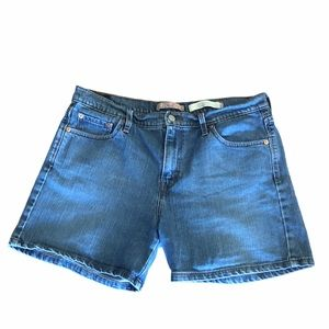 Levi's high waisted denim mom jean shorts size 14